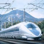500系「のぞみ」(写真提供西日本旅客鉄道)2